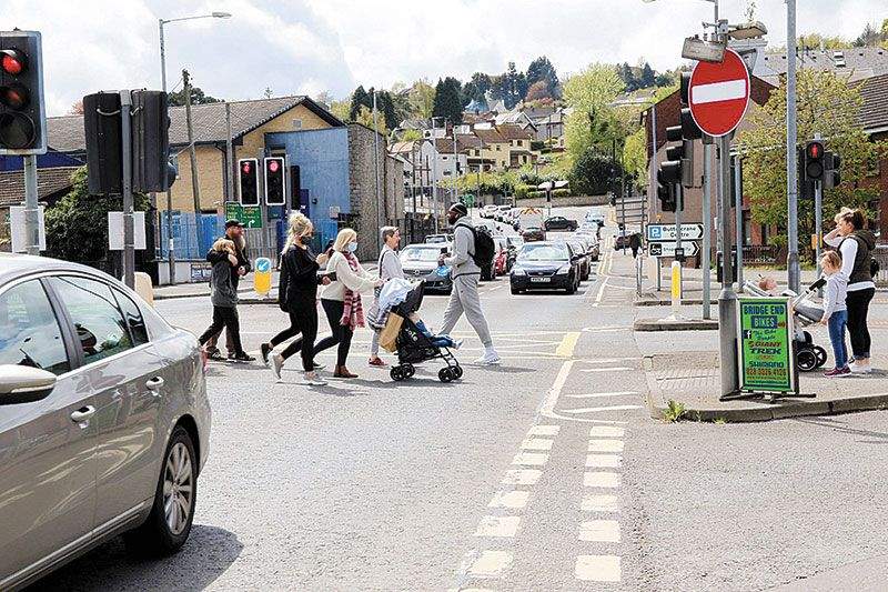Rise in border Covid cases as shoppers flock to Newry